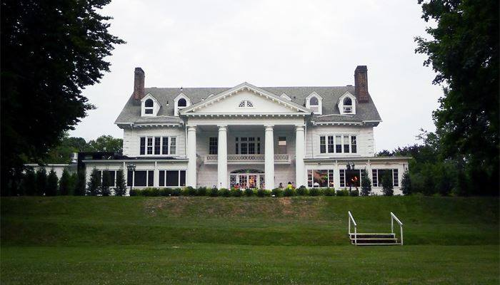 New venue spotlight the briarcliff manor booked parties for King s fish house mission valley