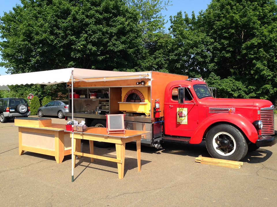 new-haven-pizza-truck-food-trucks-in-new-haven-ct-9trngopjyivkcnqr
