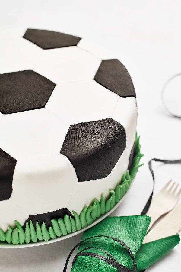 diy soccer ball cake kit cakest1