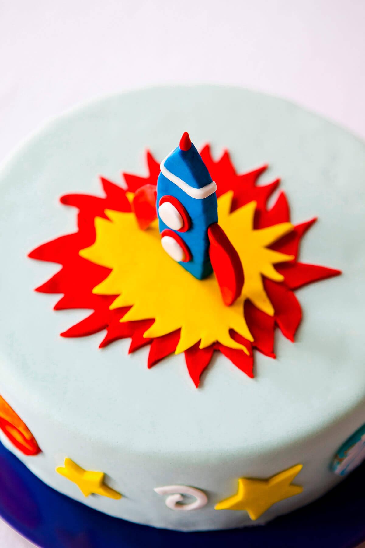Rocket cake kit booked parties diy rocket cake kit cakest1 solutioingenieria Choice Image
